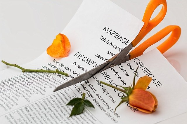איך לצאת מהמשבר? על סכסוכי משפחה, גירושין ומה שבניהם